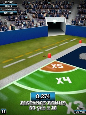NFL Flick Kicker HD iPad game