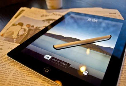 Silver Stylo for iPad 2