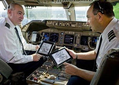 iPad in airline cockpit