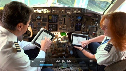 United Airlines iPad in Cockpit