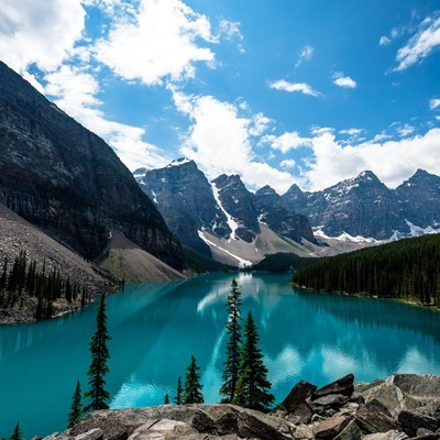 Emerald Moraine Lake