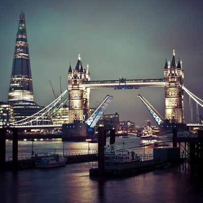 London Tower Bridge iPad wallpaper