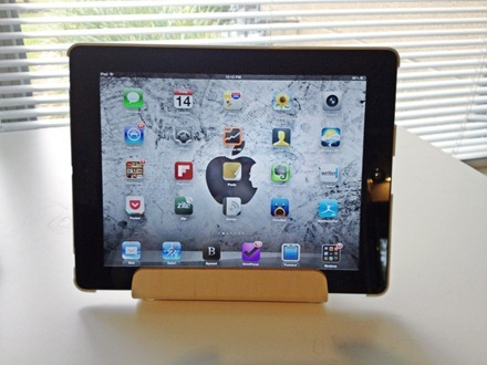 Moku Desktop Chair Stand for iPad