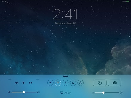 iOS 7 iPad Control Center on lock screen