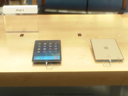 iPad 5 in Store