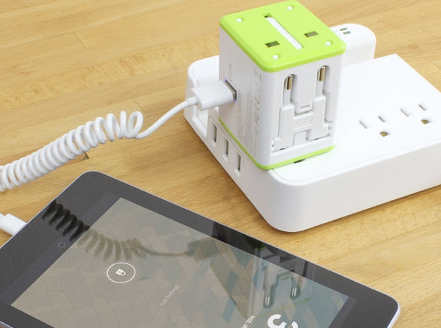 Deals: 30% Off The Smart Travel Router: A Globally Compatible Router + Charger