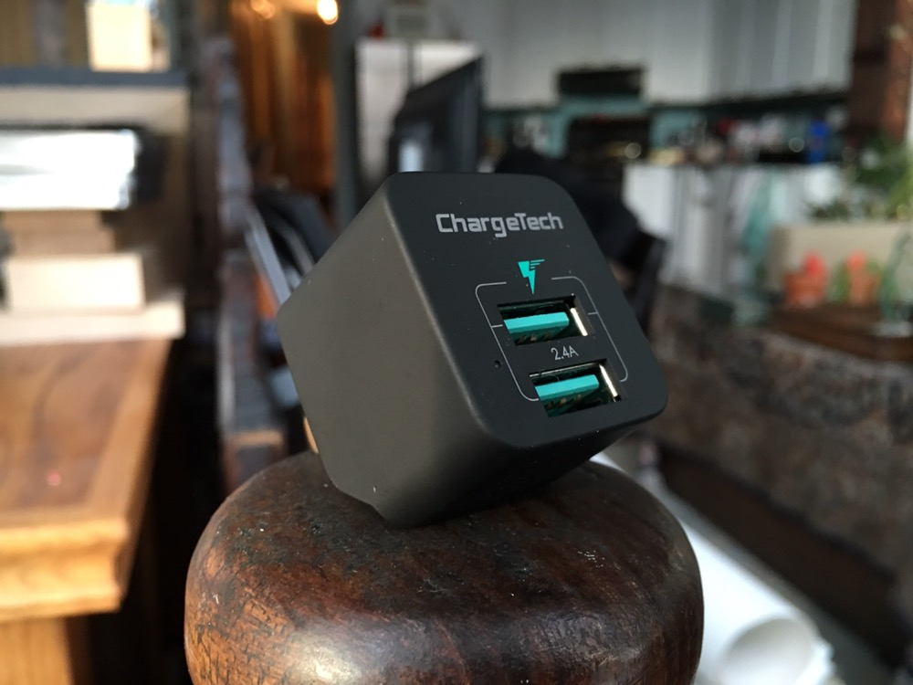 Quick Look: ChargeTech's Dual-USB Port 24W Charger for iPad
