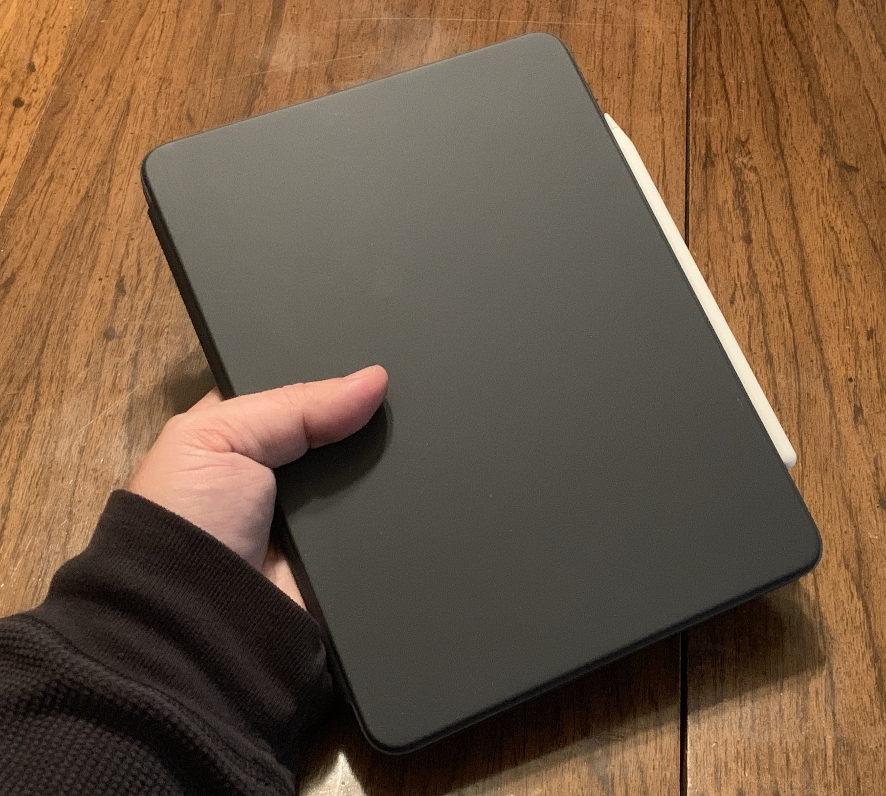 Living with the New iPad Pros- Trying the Dark Side Again