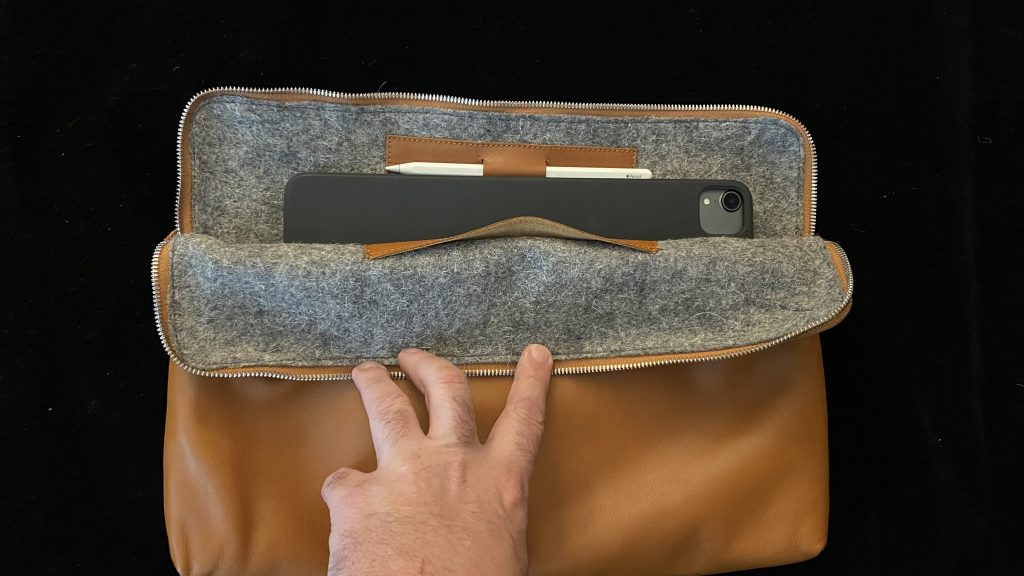 Harber London iPad Carry-All Folio Wool Interior