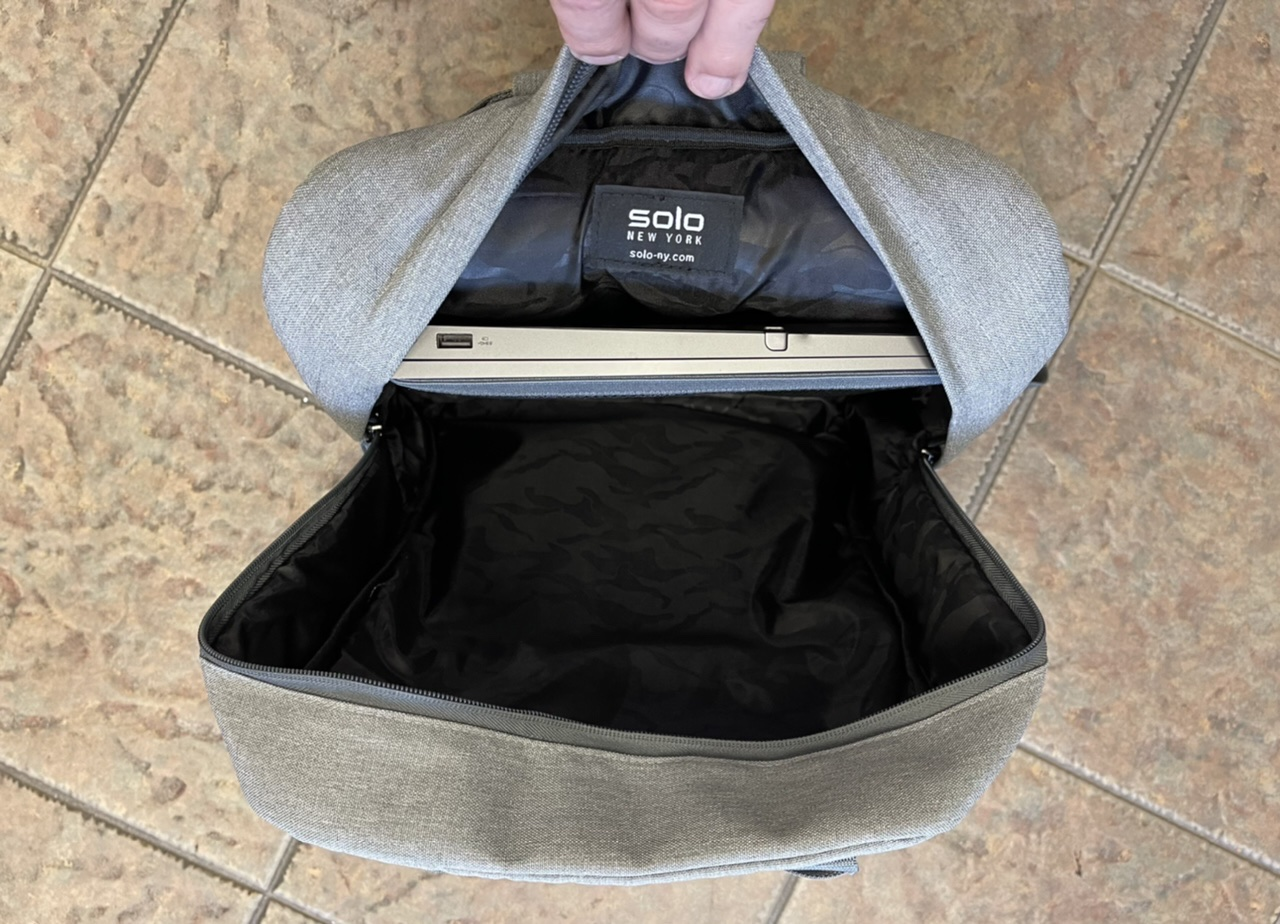Re:claim Backpack Interior compartment